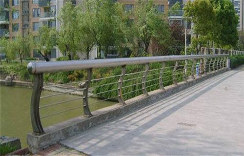 河源不锈钢栏杆工艺精良