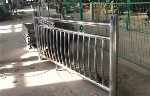 宿州304不锈钢复合管护栏生产厂家