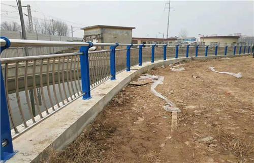 河南不锈钢防撞护栏制造公司