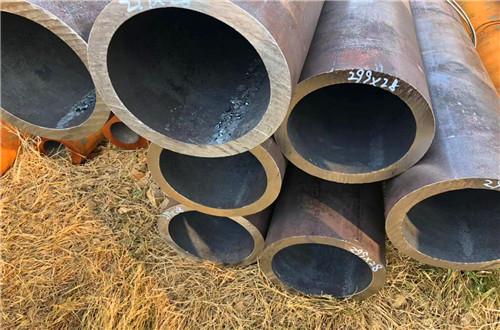 巴中20号大口径厚壁无缝钢管主要分类15275866239
